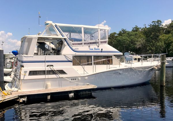 Used Symbol Sundeck Motor Yacht For Sale