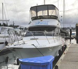 Used Navigator 3300 Flybridge Boat For Sale