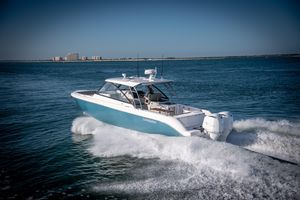 New Everglades 340dc Bowrider Boat For Sale