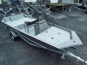 New Lowe Roughneck 1760 PathfinderRoughneck 1760 Pathfinder Jet Boat For Sale