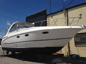 Used Chaparral 330 Signature Express Cruiser Boat For Sale
