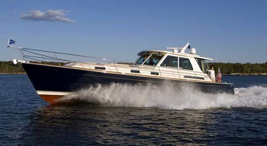New Sabre 54 Salon Express Motor Yacht For Sale
