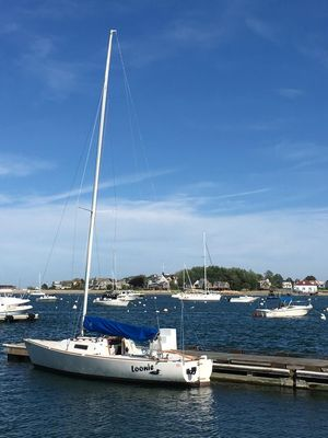 Used J Boats J 22 Racer and Cruiser Sailboat For Sale