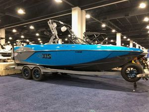 New Axis Wake Research A24Wake Research A24 Ski and Wakeboard Boat For Sale