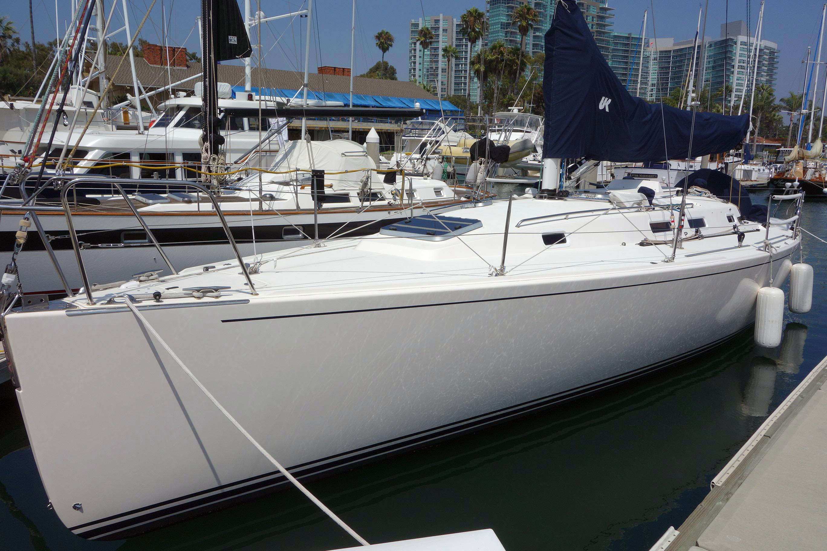 Used J Boats J133 Racer and Cruiser Sailboat For Sale