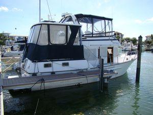 Used Ponderosa Flybridge Sedan Motor Yacht For Sale
