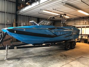 New Supreme ZS232ZS232 Ski and Wakeboard Boat For Sale