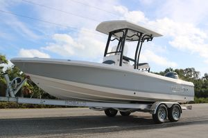 New Robalo 226 Cayman226 Cayman Center Console Fishing Boat For Sale