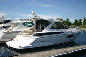 Used Regal 42 Sport Coupe Express Cruiser Boat For Sale