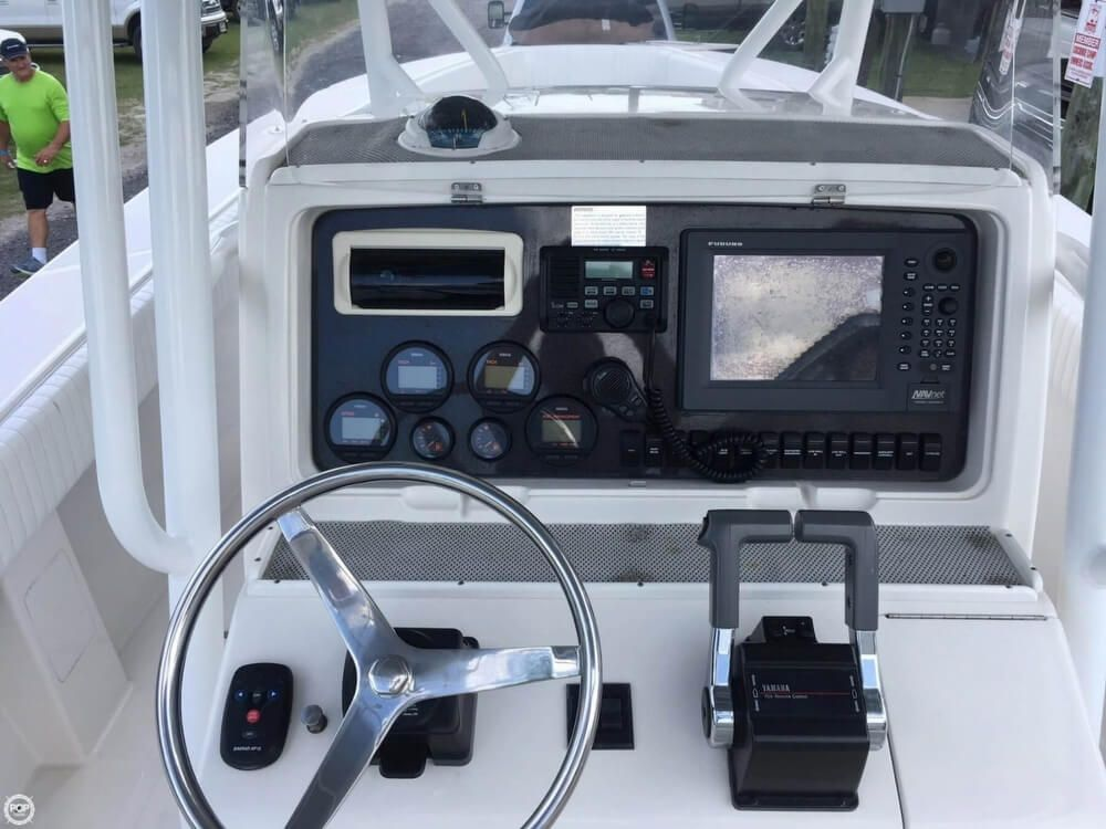 2002 Used Jupiter 31 Open Center Console Fishing Boat For