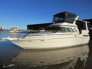 Used Sea Ray 415 Aft Cabin Motor Yacht For Sale
