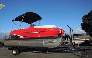 Used Escape RT 2000RT 2000 Pontoon Boat For Sale
