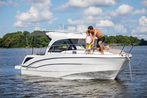 New Beneteau Antares 23 Motor Yacht For Sale