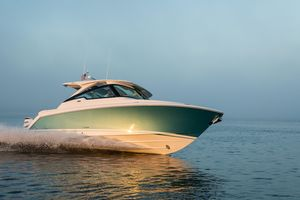 New Tiara Sport 34 LX Center Console Fishing Boat For Sale