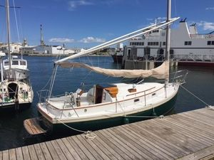 Used Hinterhoeller Nonsuch 26 Classic Cruiser Sailboat For Sale