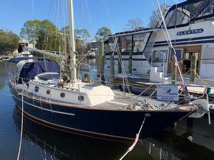 Used Pacific Seacraft Crealock Cruiser Sailboat For Sale