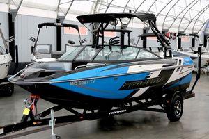 Used Moomba MondoMondo Ski and Wakeboard Boat For Sale