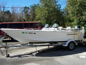 Used Triumph 170 DC Sports Fishing Boat For Sale