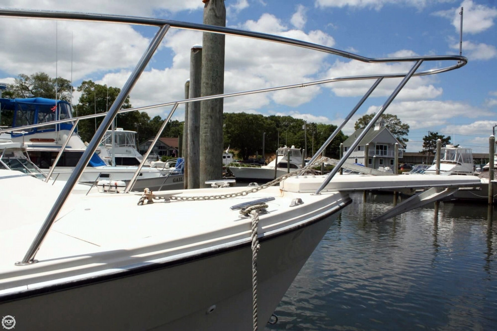 Used Bayliner 3250 Conquest Aft Cabin Boat For Sale