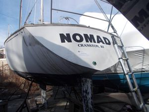 Used C&c 29 Racer and Cruiser Sailboat For Sale