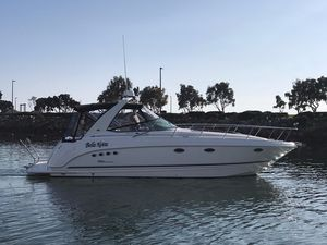 Used Chaparral Signature 350 Cruiser Boat For Sale