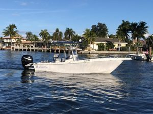 Used Renegade 25 Center Console Saltwater Fishing Boat For Sale