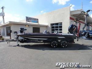 Used Skeeter FX20 LEFX20 LE Freshwater Fishing Boat For Sale