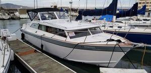 Used Fairliner Golden Eagle 33 Express Cruiser Boat For Sale