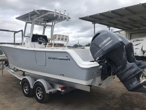 New Sportsman Boats Sportsman 251 HeritageSportsman 251 Heritage Center Console Fishing Boat For Sale