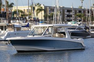 New Boston Whaler 350 Realm350 Realm Express Cruiser Boat For Sale