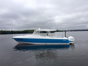 Used Intrepid 407 Cuddy Center Console Fishing Boat For Sale
