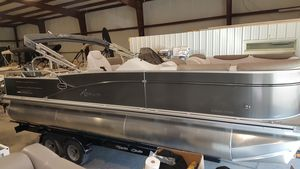 New Avalon Catalina 23 VRLCatalina 23 VRL Pontoon Boat For Sale