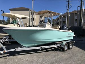 New Pioneer Boats Islander 202 Center Console Fishing Boat For Sale