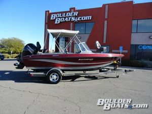 Used Stratos 386 XF386 XF Freshwater Fishing Boat For Sale