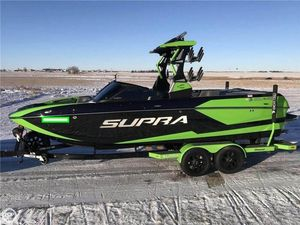 Used Supra 550 SL Ski and Wakeboard Boat For Sale