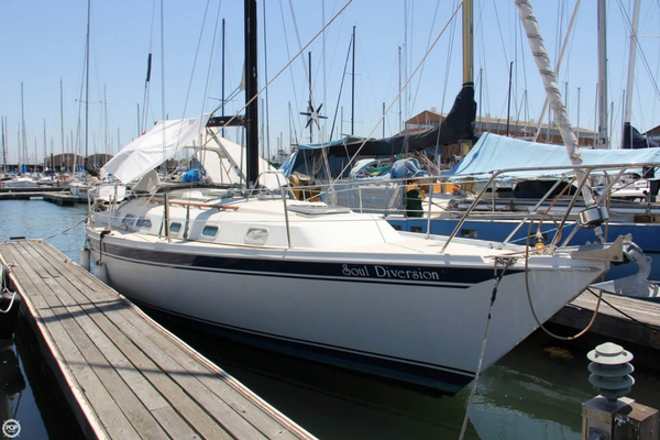 Used Ericson Yachts E38 Sloop Sailboat For Sale