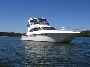 New Sea Ray 480 Sedan Bridge Motor Yacht For Sale