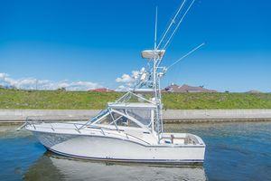 Used Carolina Classic 32 Sports Fishing Boat For Sale