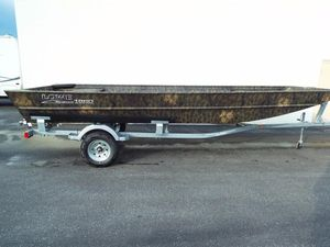 New Lowe RX18BRRX18BR Aluminum Fishing Boat For Sale