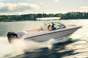 New Boston Whaler Dual Console Boat For Sale