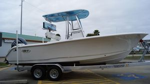New Sea Hunt Triton 225Triton 225 Center Console Fishing Boat For Sale