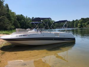 Used Four Winns 214 Funship Bowrider Boat For Sale