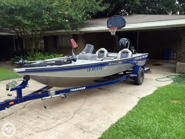 Fishing bass boats for sale below 30k for Bass fishing boats for sale