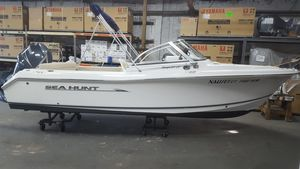 Used Sea Hunt Escape 207 LE Bowrider Boat For Sale