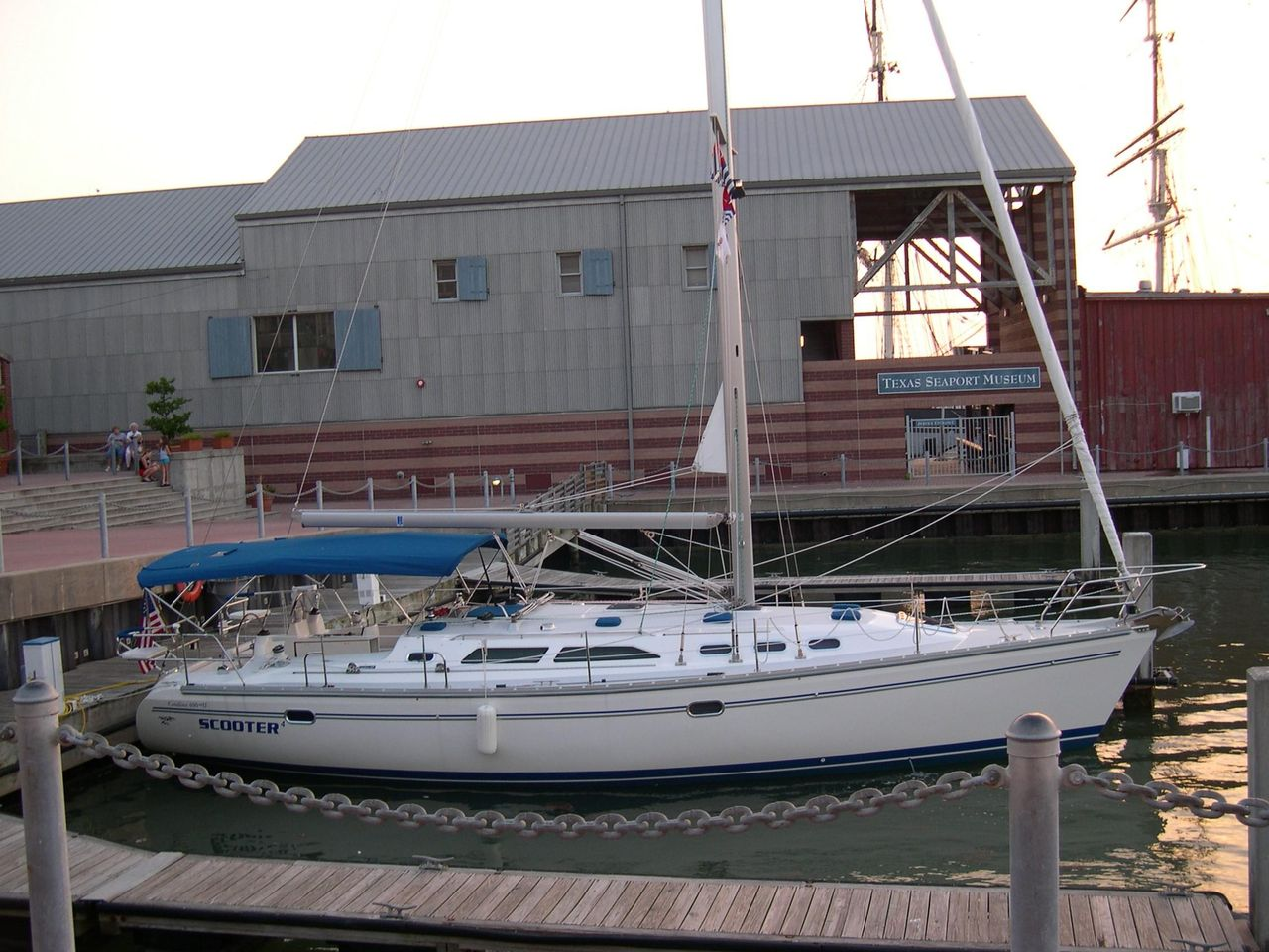 2004 Used Catalina 400 MKII Cruiser Sailboat For Sale