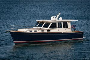Used Sabre Salon Express Motor Yacht For Sale