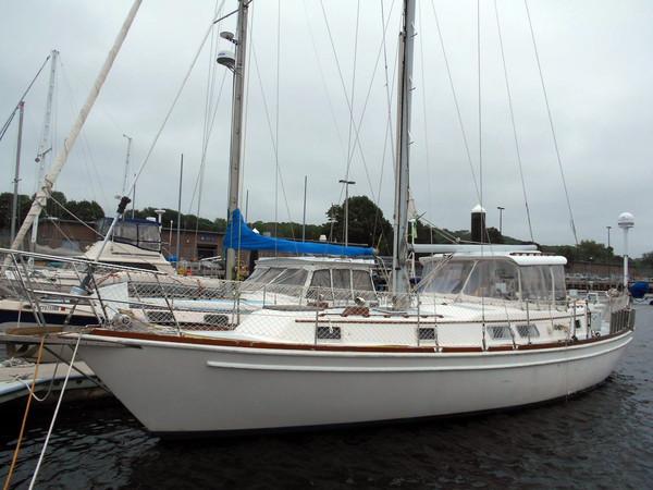 Used Gulfstar 43CC Cruiser Sailboat For Sale