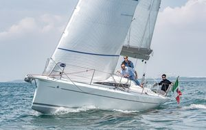 New Italia 9.98 Bellissima Cruiser Sailboat For Sale