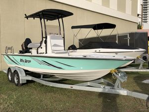 Used Key Largo 220 Bay Boat Saltwater Fishing Boat For Sale