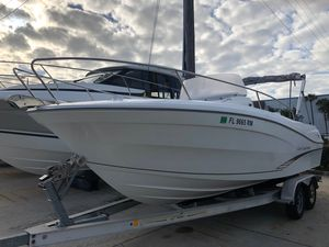 Used Jeanneau Leader 7.5 CC Center Console Fishing Boat For Sale